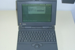 Apple Powerbook 145b